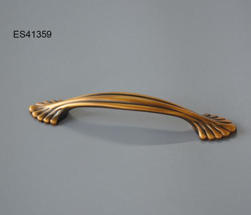 Zamak Furniture and Cabinet handle  ES41359