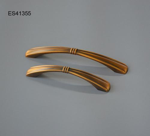 Zamak Furniture and Cabinet handle  ES41355