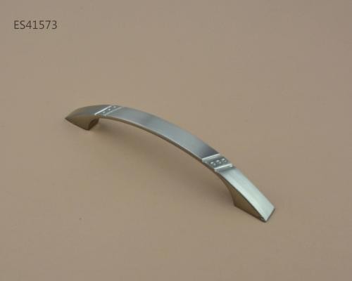 Zamak Furniture and Cabinet handle  ES41573