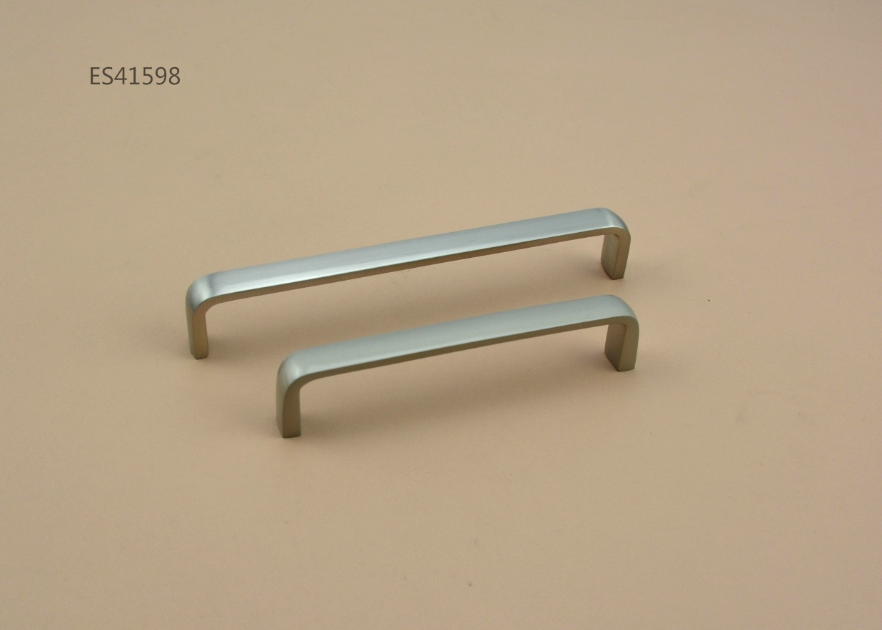 Zamak Furniture and Cabinet handle  ES41598