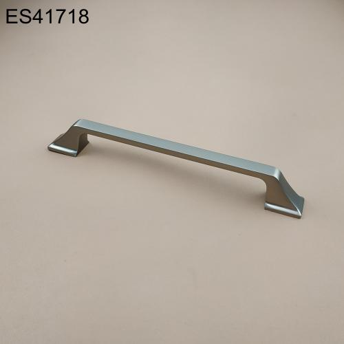 Zamak Furniture and Cabinet handle  ES41718